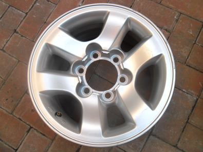 Unused  Toyota 15 inch alloy mag R350 , BMW 15 INCH MAG R300 AND 15 inch Yokohama tyre suitable replacement tyre for RAV4 R250