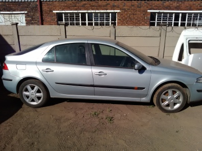 Renault Laguna 1.9dci stripping for spares
