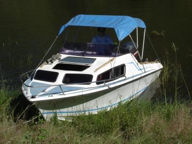 Baronet 17ft Cabin Cruiser 150hp Junk Mail