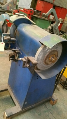 Fine Bench Grinder Used For Sale Contact Bruce 08358731 Junk Mail Spiritservingveterans Wood Chair Design Ideas Spiritservingveteransorg