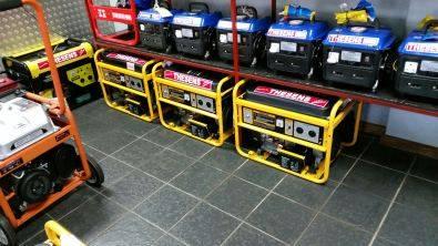Electric start petrol generator