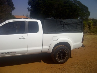 D4D cattle frame and canvas canopy