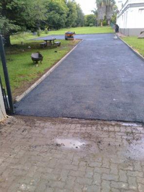 Road construction Gauteng hot asphalt Tar Surfacin