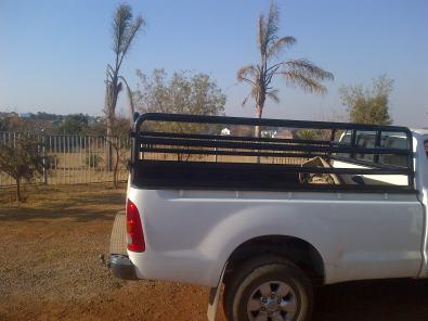 Beestralies/cattle frame for bakkie