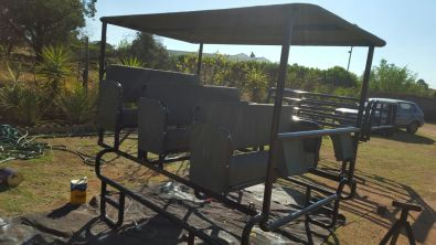Game viewing rig for vehicles