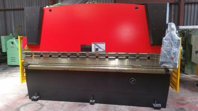 63TON X 3200MM PRESSBRAKE FOR SALE EX STOCK