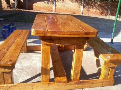 4 SEATED PICNIC BENCHES