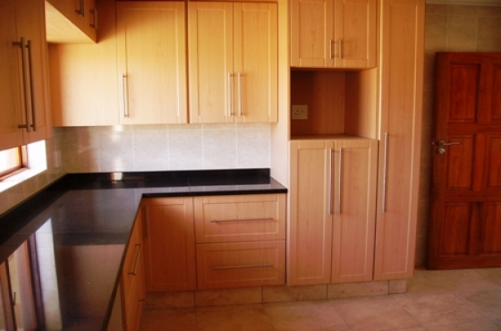 Diy kitchen cabinets gauteng built in bedroom cupboards for Kitchen cabinets gauteng