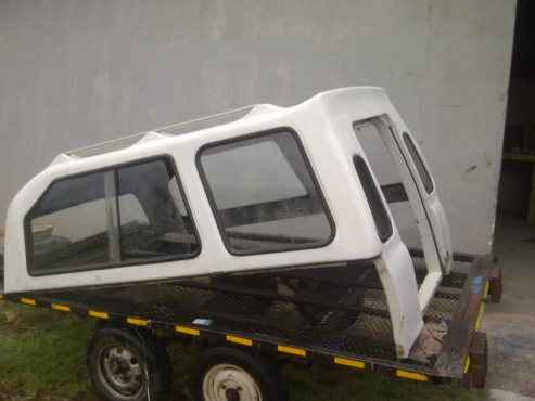 Canopy used for Nissan Hard-body Lwb - Good Condition R6500 neg ... 0722968881