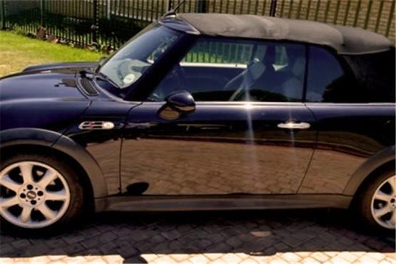 2007 Black MINI COOPER S CONVERTIBLE R70000