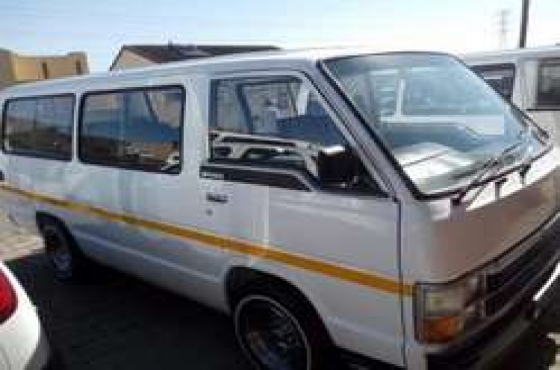 Toyota siyaya in excellent condition,all papers in order,accident free,neat interior,2007 model,wh