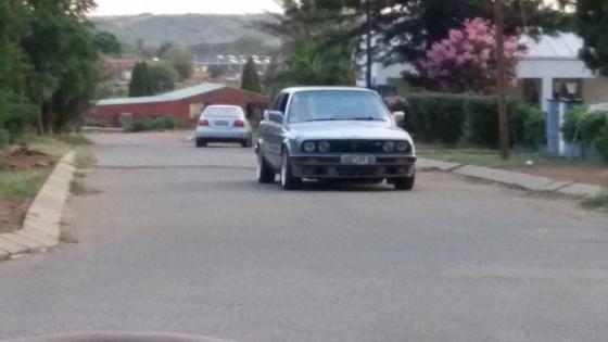BMW 325i E30 Box Shape Gusheshe
