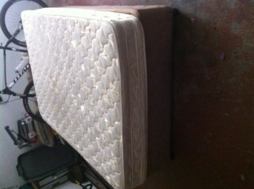 second hand bed for sale