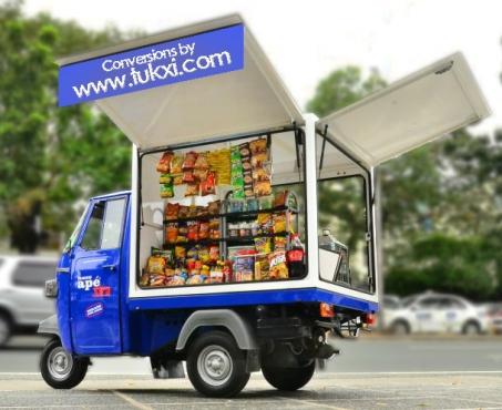 Display Tuk tuk Flee-market display