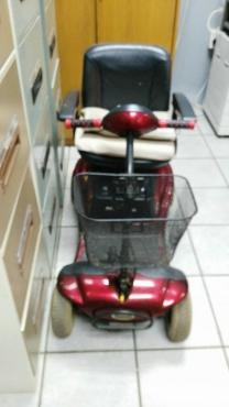 Shoprider battery aangedrewe rolstoel