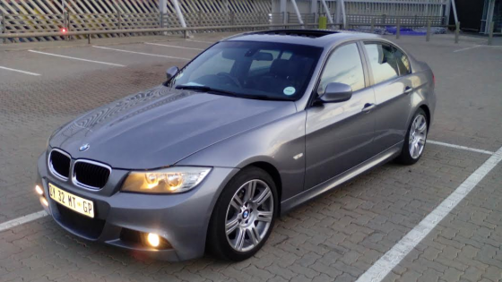 2012 bmw 320i msport e90 with sun roof. | junk mail
