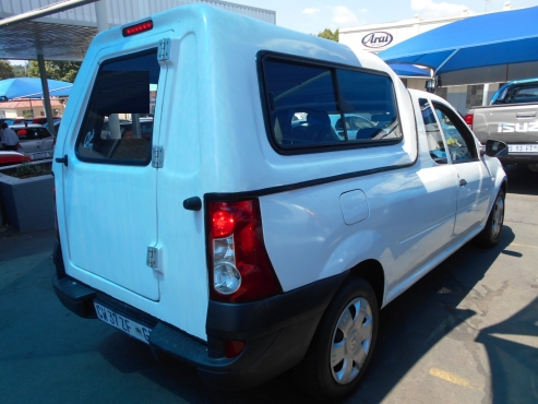 Nissan NP200 2014 1.6i Single Cab Bakkie with canopy Manual Gear