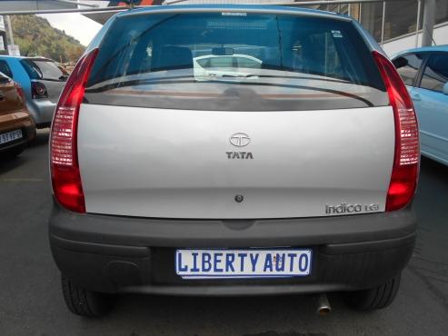 Tata Indica 2015 LGi  1.4 Manual Gear  1,143 km (Silver)  @ R58,000 Excellent Condition
