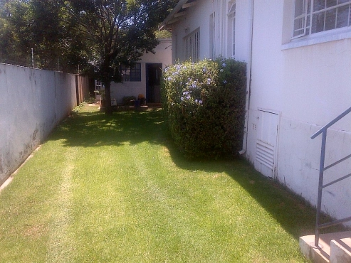 Furnished Flatlet to Rent Monument R 4850 PM