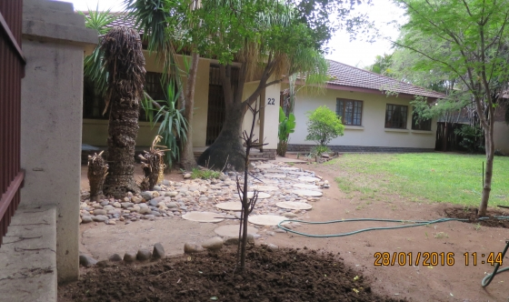 Comfortable and secure 3 bedroom family home with separate 2 bedroom flat