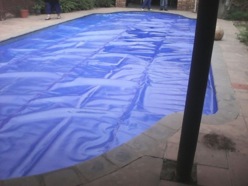 Pool cover in pools and accessories in south africa junk mail for Swimming pool covers south africa