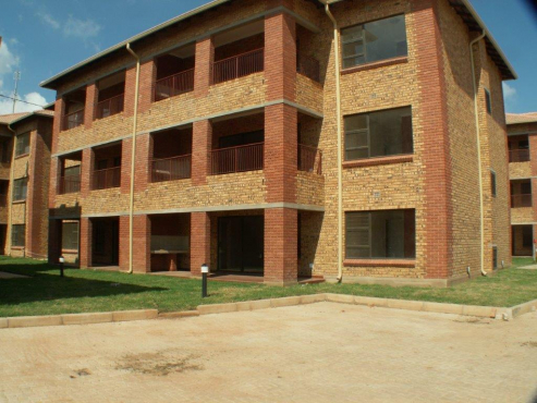 NEW EXCUTIVE  APARTMENTS TO LET - ROODEPOORT