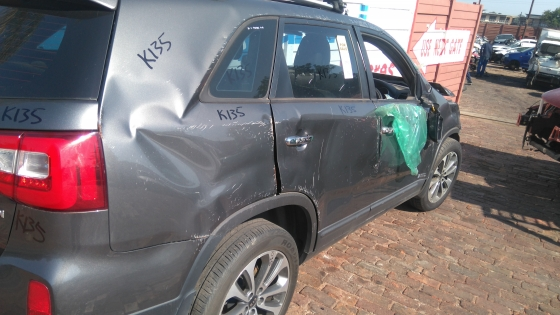 Kia Sorento 2.2 Crdi 2013 [D4HBD] now dor stripping of parts.