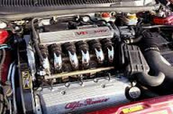 Alfa Romeo 156 2.5 v6 24v complete engine stripping for spares crankshafts, pistons, starter, alter