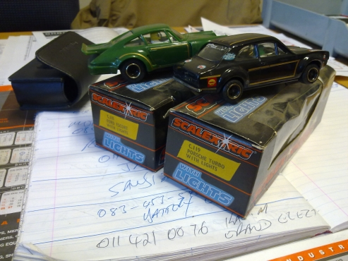 Scalextric C118 Ford Escort Mk1 RS 1600 and Scalextric C119 Porsche 935