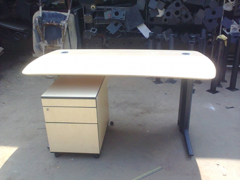 OFFICE FURNITURE - used - Excellent Quality - Great Prices