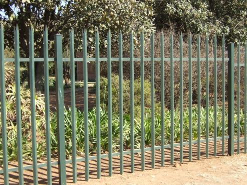 Replace and Repair Palisade fencing