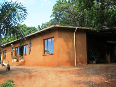 3 Bedroom,2 Bathroom House -on a Small Holding-for sale in Banners Rest,Port Edward.