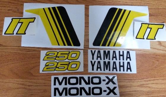 Yamaha IT 250 decals stickers graphics set