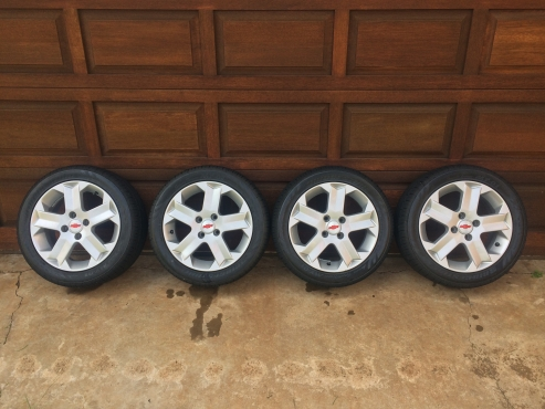 Chevrolet Utility Sport Mags and Tyres 15inch   Junk Mail