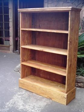 Solid Pine Bookshelve (1050x320x1480)