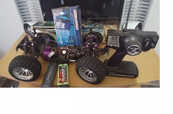 Profesional Radio control battery monster 4x4 truck