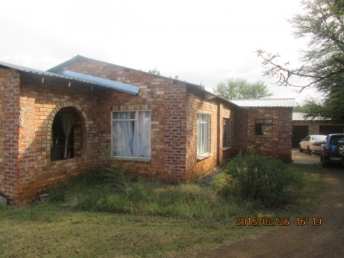 2,1 ha  Ample water,  3 Bed