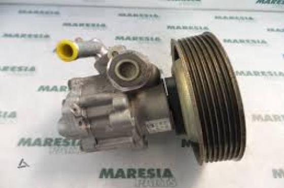 Alfa Romeo 147/ 156/ 155 Power steering pump  for sale  contact 0764278509  whatsapp 0764278509