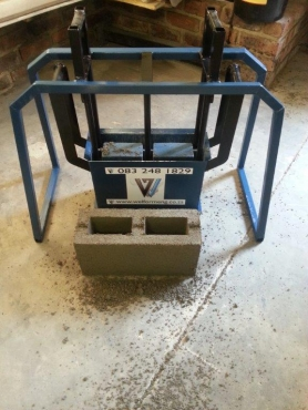 WMB Manual Maxi Brick Hand Press