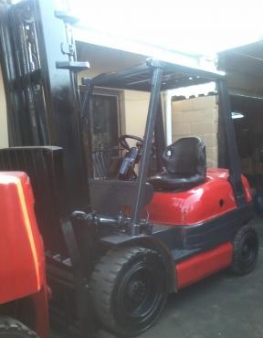 2.5 Ton Petrol Toyota 6 Series Forklift