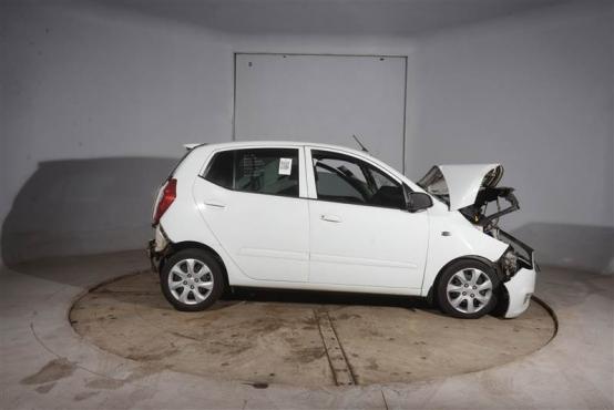 Hyundai i10 1.1 striping for spares