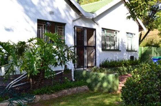Furnished, fully equipped, self catering guest house in Benoni