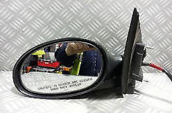 chrysler neon door mirrors  for sale   Contact 0764278509  or 0764950624  Whatsapp 0764278509 or 076
