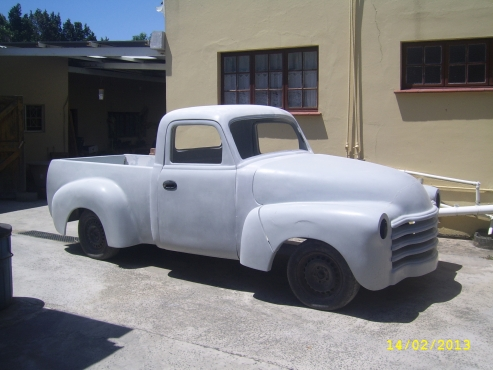 A 1948 CHEVY PICK-UP,FIBREGLASS BODIES KITS,CHASSIS AND ROLLING CHASSIS TAKES BMW E36 SUSPENSION