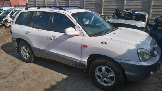 Santa FE 2.7 V6 automatic now For stripping of parts.