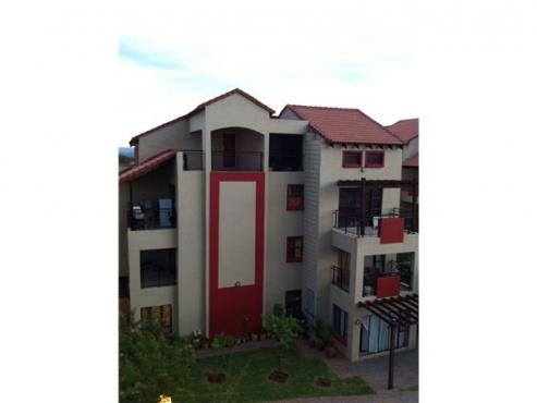 Bachelor Flat - Oukraal Apartments - R3750/m