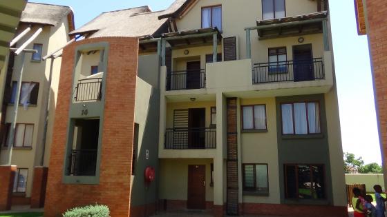 2 Bedroom Apartment in Zambezi Estate - R 580 000