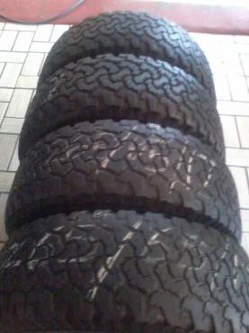 Extensive range of popular brands of second hand tyres and mags.