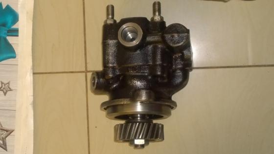 UD90/100   FE6T/N Steering Pump