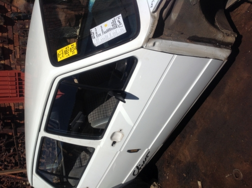 Stripping VW Golf Chico 1995 For Spares